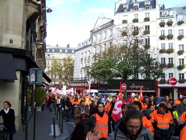 Appel à la grève et à la manifestation le mardi 19 novembre 2013 102_3011