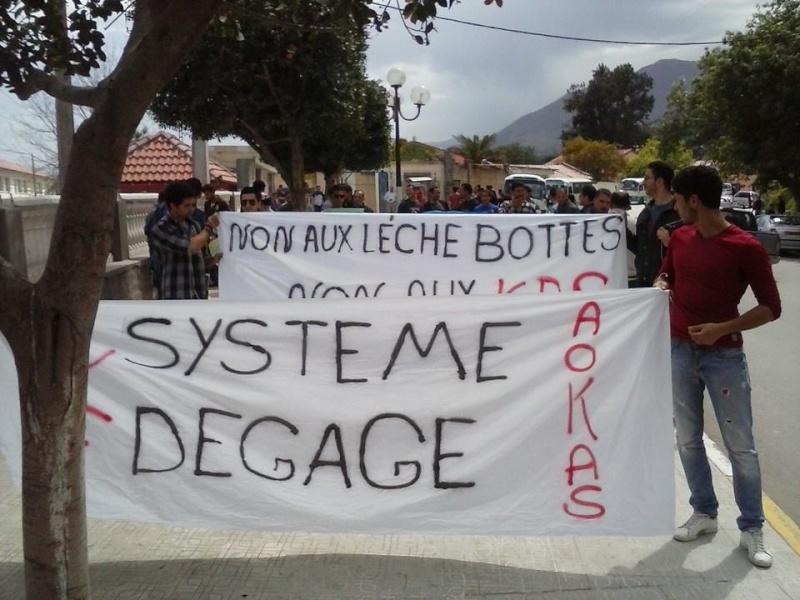 Marche contre le système à Aokas . - Page 2 10257410