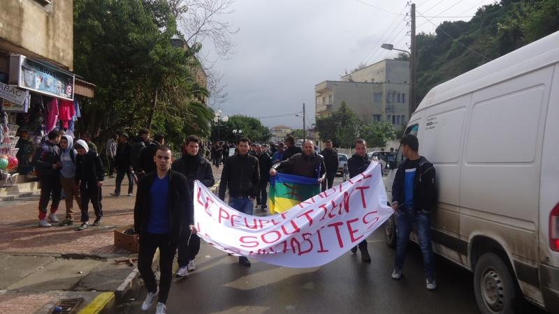 MOZABITES - Rassemblement de solidarité avec les mozabites à Aokas le mardi 11 fevrier 2014 (6) Dsc00420