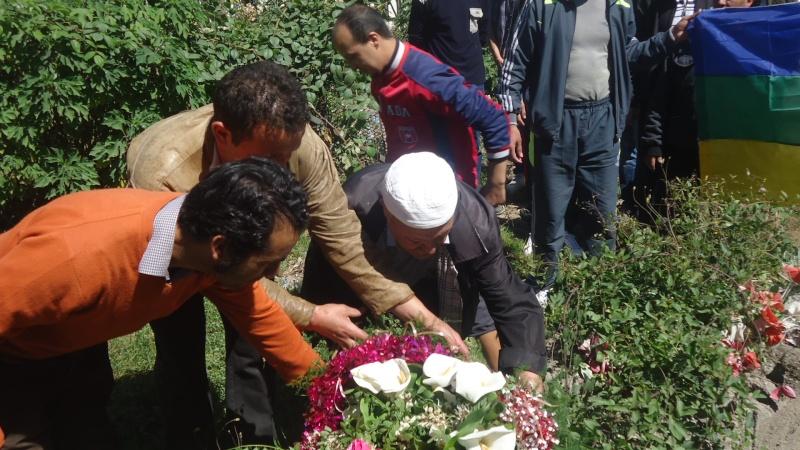 Commémoration de 13ème année de l assassinat de Saidi Akli.  Dsc01115