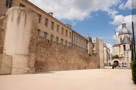 Balade dans le Paris Historique et insolite 28 Septembre 1_mur10