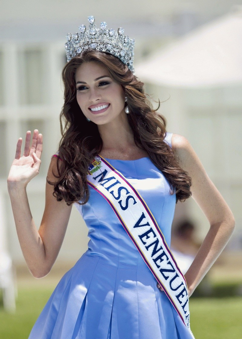 Miss Universe - Page 20 Maria-10