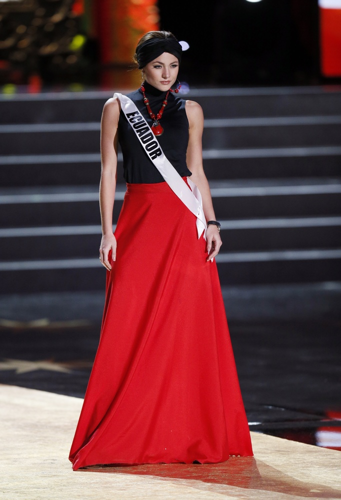 Miss Universe - Page 20 Slide_43