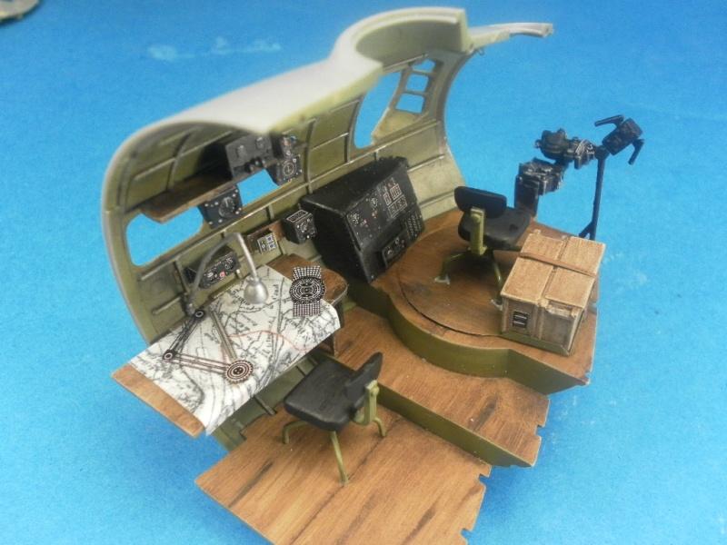 B 17G HK model 1/32° Catre210