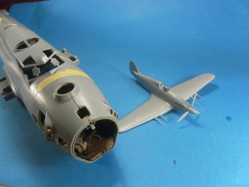B 17G HK model 1/32° Huri10