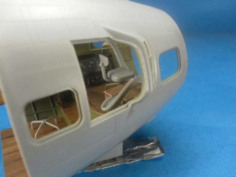 B 17G HK model 1/32° Nez210