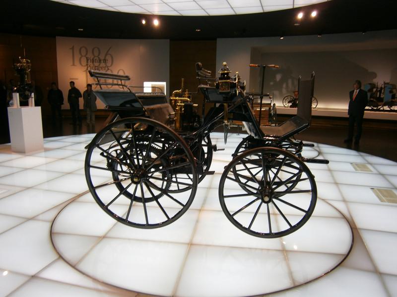 Im Mercedes-Benz Museum P9210012