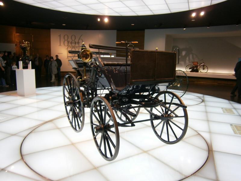 Im Mercedes-Benz Museum P9210013