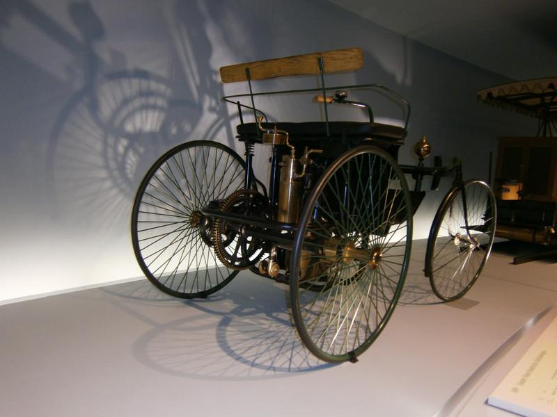 Im Mercedes-Benz Museum P9210017