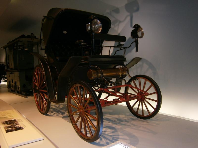 Im Mercedes-Benz Museum P9210019