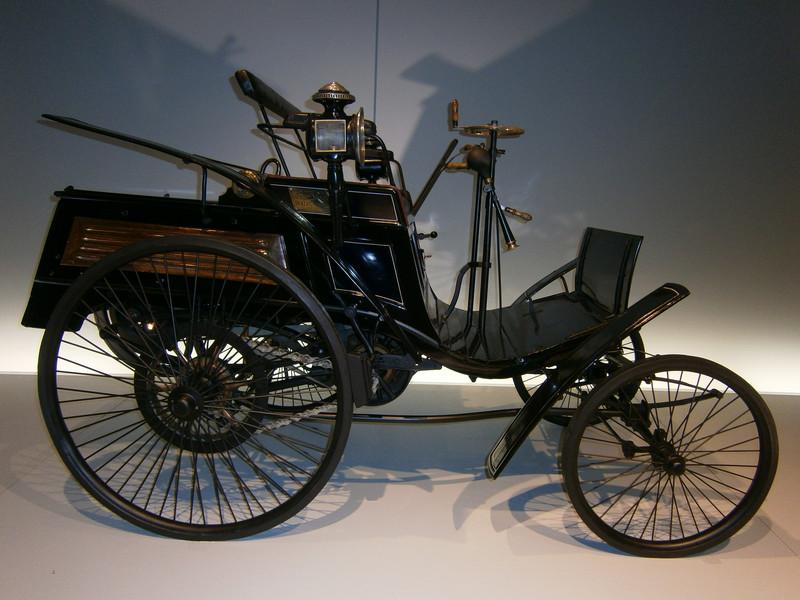 Im Mercedes-Benz Museum P9210020