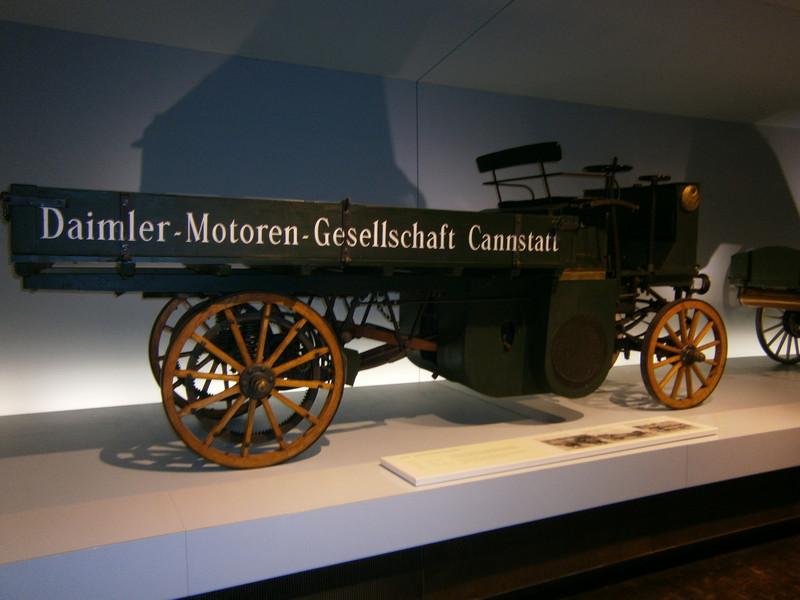 Im Mercedes-Benz Museum P9210023