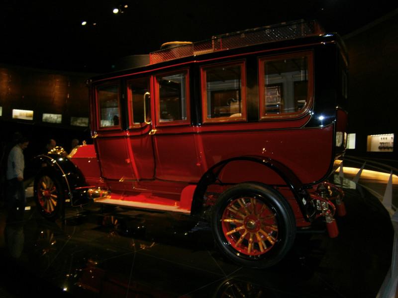 Im Mercedes-Benz Museum P9210029