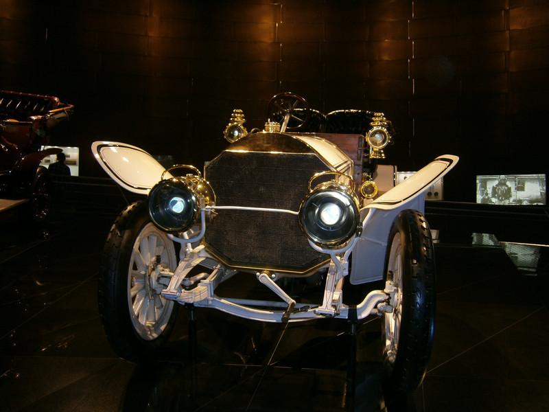 Im Mercedes-Benz Museum P9210035