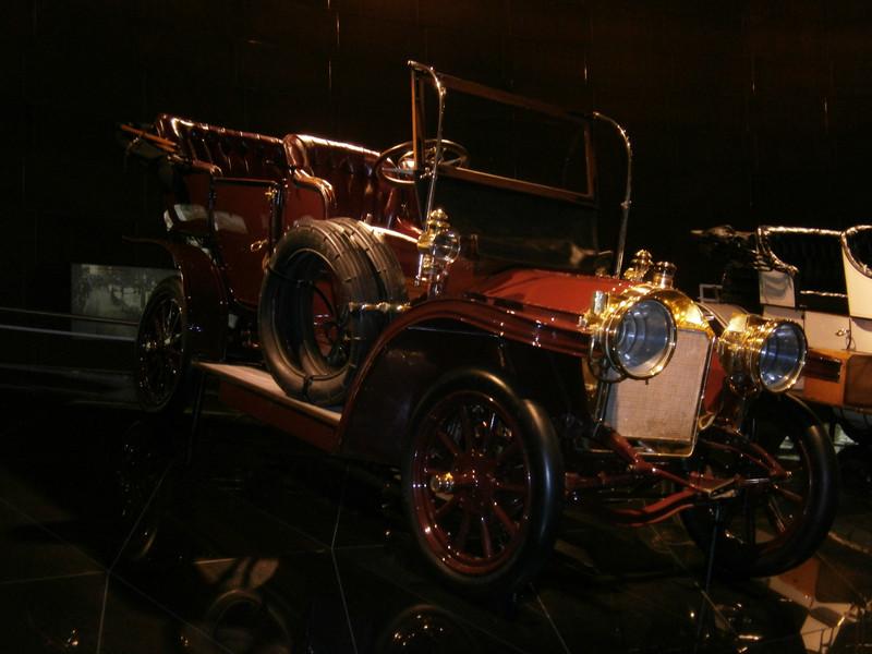 Im Mercedes-Benz Museum P9210039