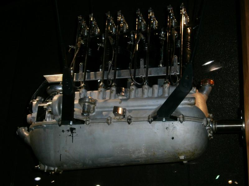 Im Mercedes-Benz Museum P9210042