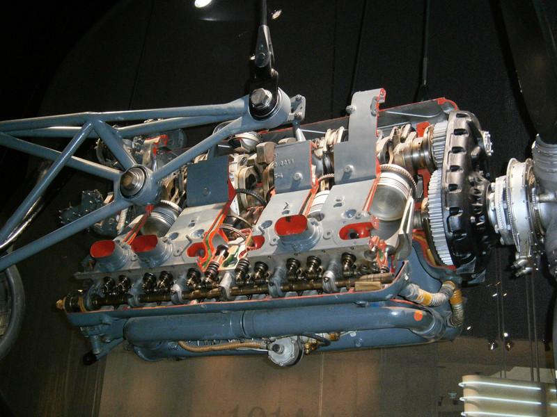 Im Mercedes-Benz Museum P9210044