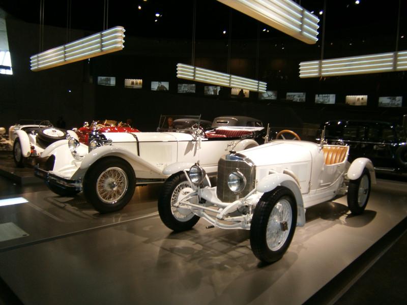 Im Mercedes-Benz Museum P9210047