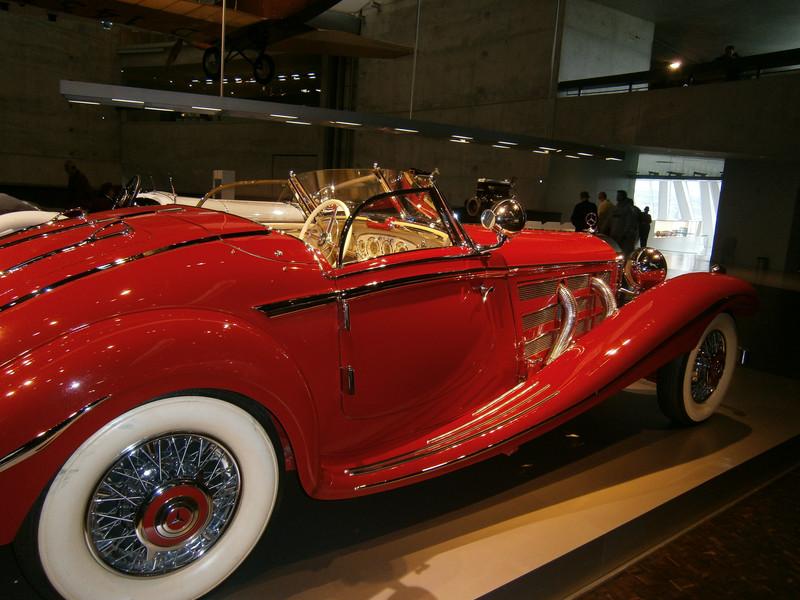 Im Mercedes-Benz Museum P9210050