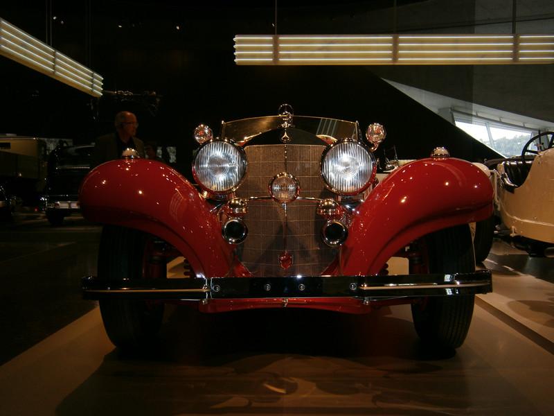 Im Mercedes-Benz Museum P9210052