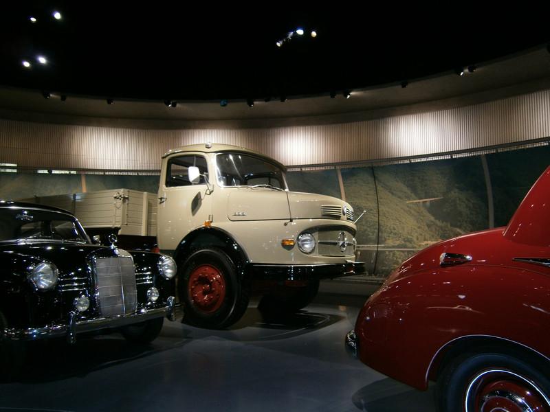 Im Mercedes-Benz Museum P9210061