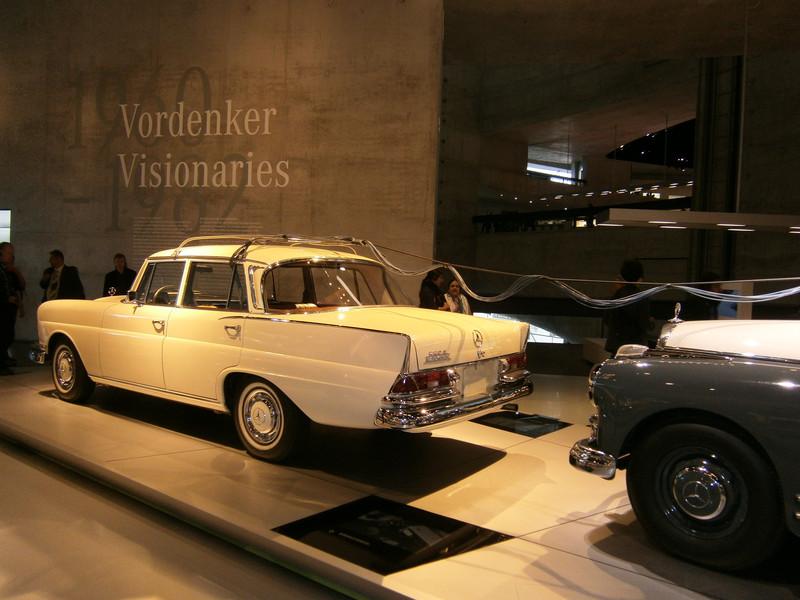 Im Mercedes-Benz Museum P9210072