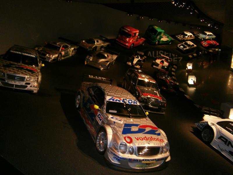 Im Mercedes-Benz Museum P9210074