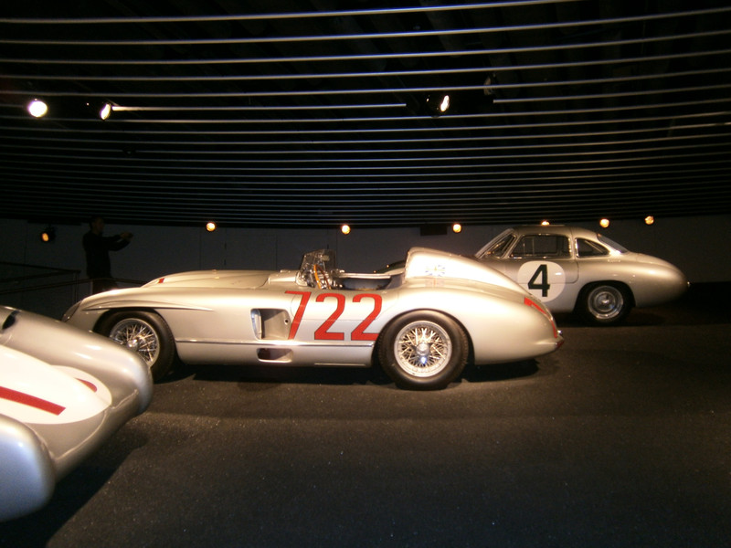 Im Mercedes-Benz Museum P9210079