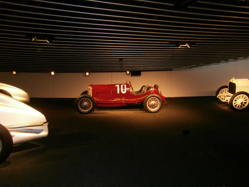 Im Mercedes-Benz Museum P9210083