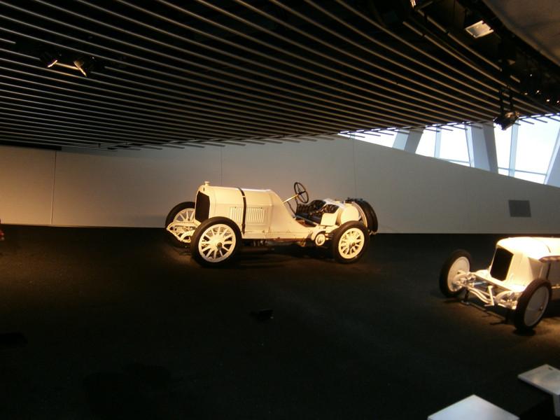 Im Mercedes-Benz Museum P9210110
