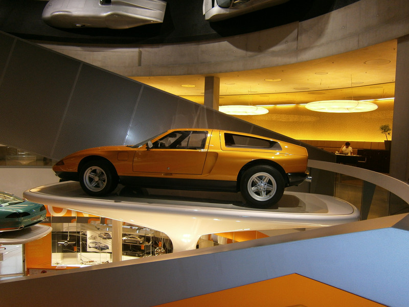 Im Mercedes-Benz Museum P9210121
