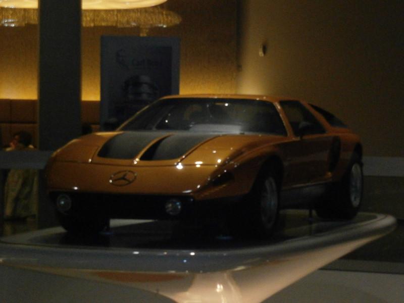 Im Mercedes-Benz Museum P9210122