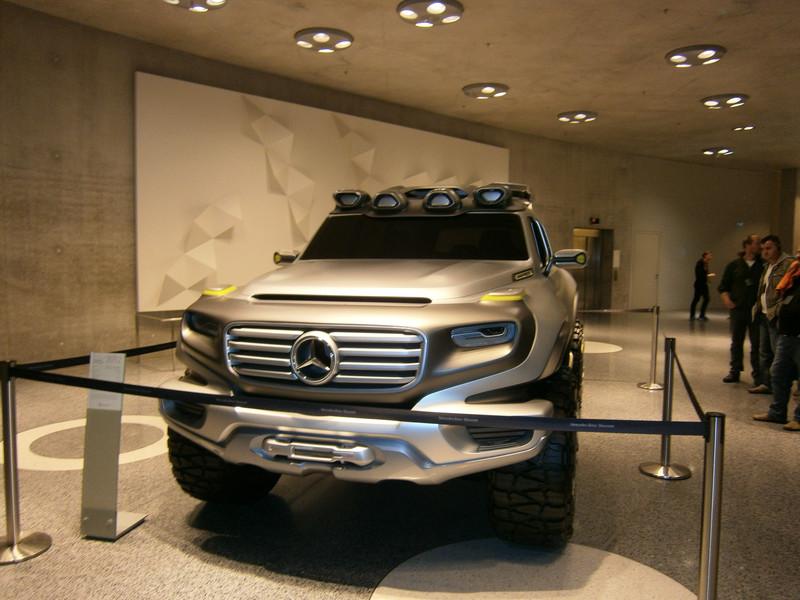 Im Mercedes-Benz Museum P9210127