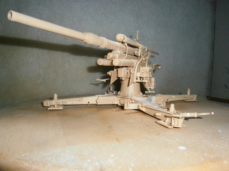 8,8cm Flak 36, Merit / 1:18 - Seite 2 Pa050011
