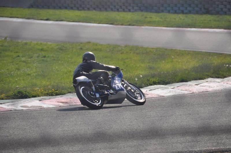 Ici on balance les Monos Ducati - Page 8 10177510
