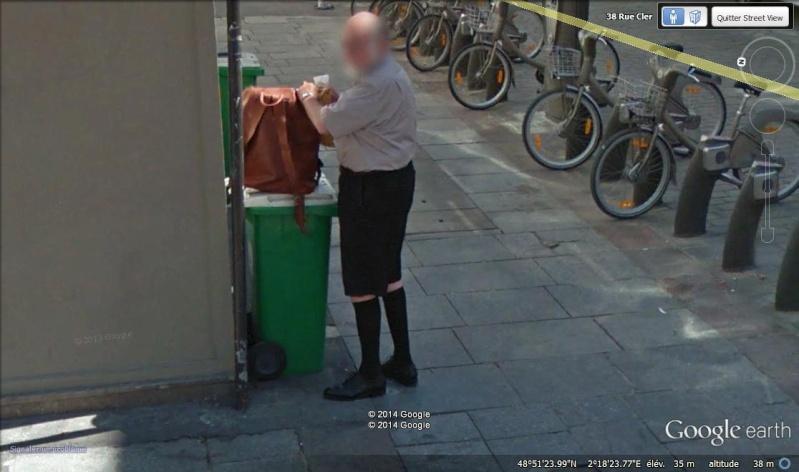 STREET VIEW : les gens en chaussettes noires ! - Page 20 Ch110