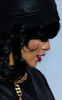 Rihanna - 200*320 Rihann10