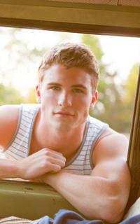 Tanner Dillon ↔ 200*320 Tanner11