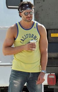 Joe Manganiello ↔ 200*320 Viny1310