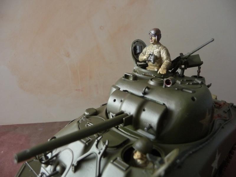 SHERMAN M4A1 canon de 75mm  - U.S.A. 1/35 Italeri + Tamiya P1050214