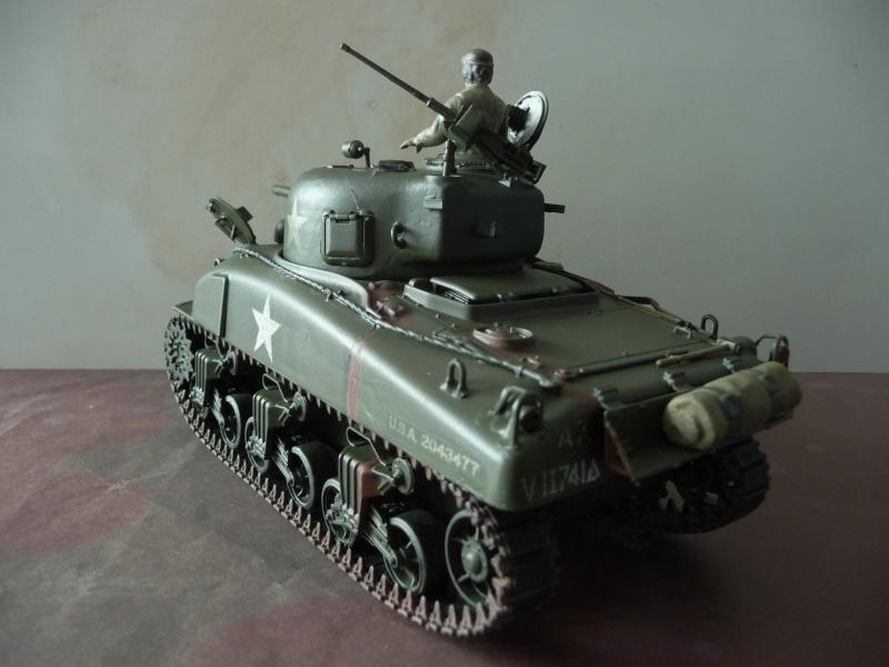 SHERMAN M4A1 canon de 75mm  - U.S.A. 1/35 Italeri + Tamiya P1050215