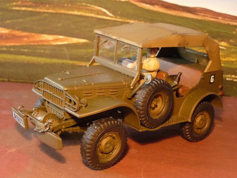 DERNIERE REALISATION 2013 -  1952- DODGE COMMAND CAR WC 56 du 8éme CUIR ITALERI au 1/35 réf= 228 P1050420