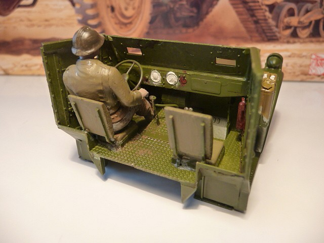 M 3 canon 75mm GUN MOTOR CARRIAGE  ( 2 )  DRAGON 1/35éme  P1050534