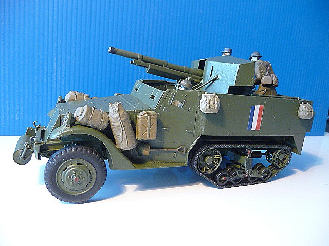 M 3 canon 75mm GUN MOTOR CARRIAGE  ( 2 )  DRAGON 1/35éme  P1050537