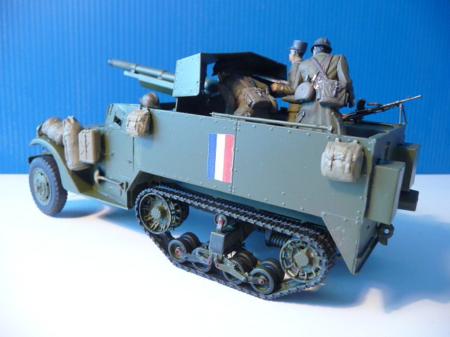 M 3 canon 75mm GUN MOTOR CARRIAGE  ( 2 )  DRAGON 1/35éme  P1050538
