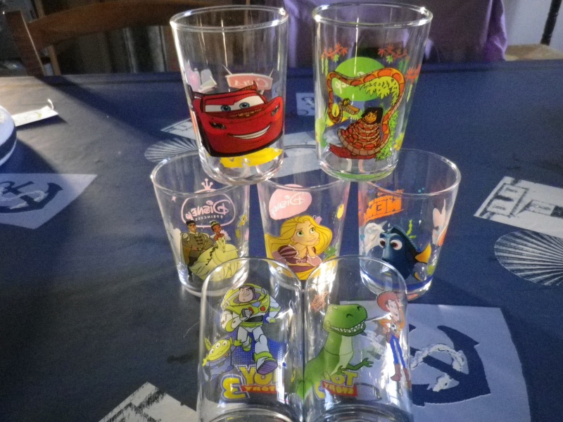 collection verres Disney  - Page 3 01210