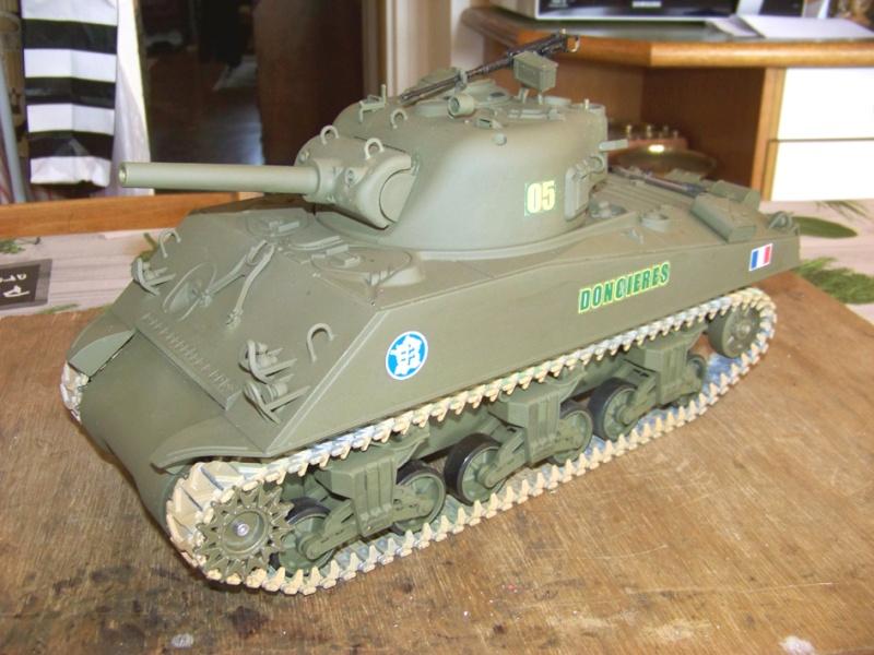 Sherman M4 A3 105 Howizer, 2e DB, 0/501e RCC, Heng long 100_2618