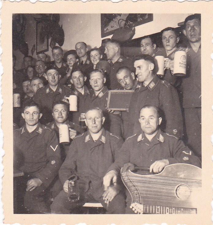 Soldats de la Luftwaffe - Page 3 Kgrhqy11