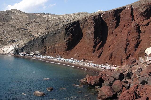 Éruption de Santorin : nouveau rebondissement dans la datation Ceefeb10