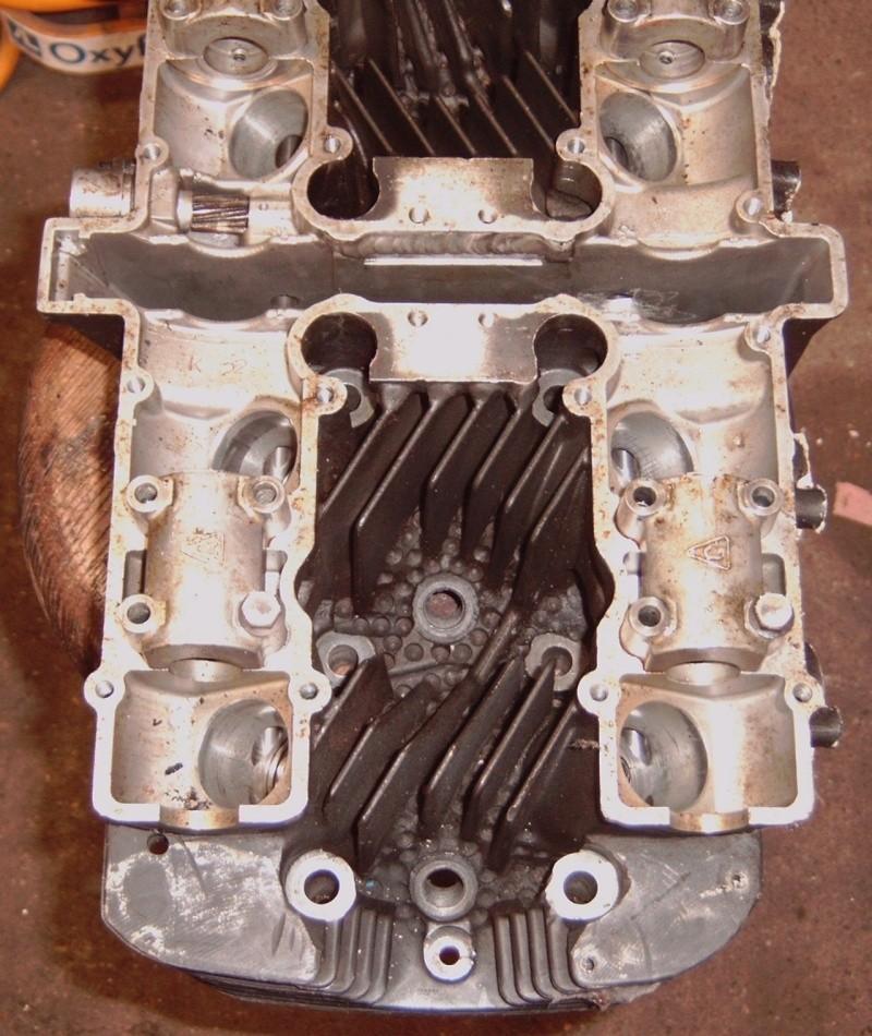Suzuki gs1000r xr69 endurance replica Img00016